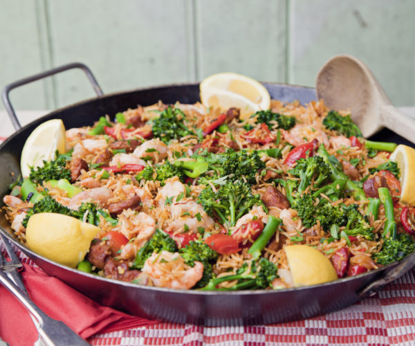 Spanish Baked Paella with Prawns, Tenderstem and Peppers